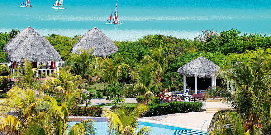 Hotel Memories Paraiso Beach Resort