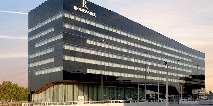 Hotel Renaissance Warsaw Airport