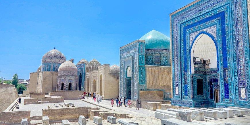 W ogrodach Uzbekistanu