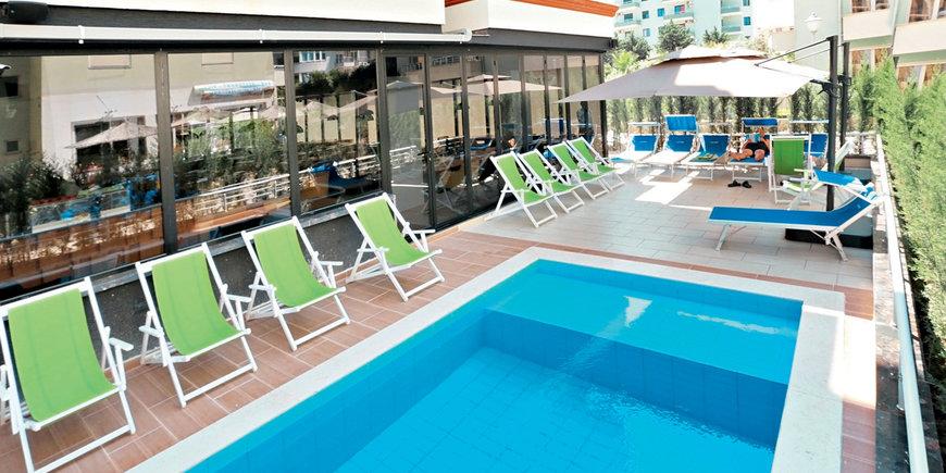 Hotel Alvin Comfort