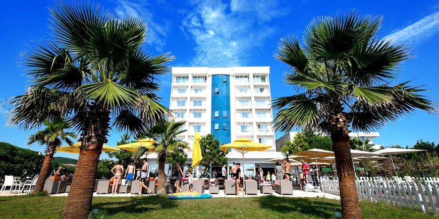 Hotel Blumare Resort