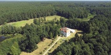 Pałacyk Łąkomin – Grill & Chill Resort