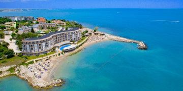 Royal Bay Resort