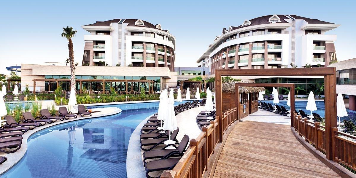 Viešbutis DREAM WORLD AQUA