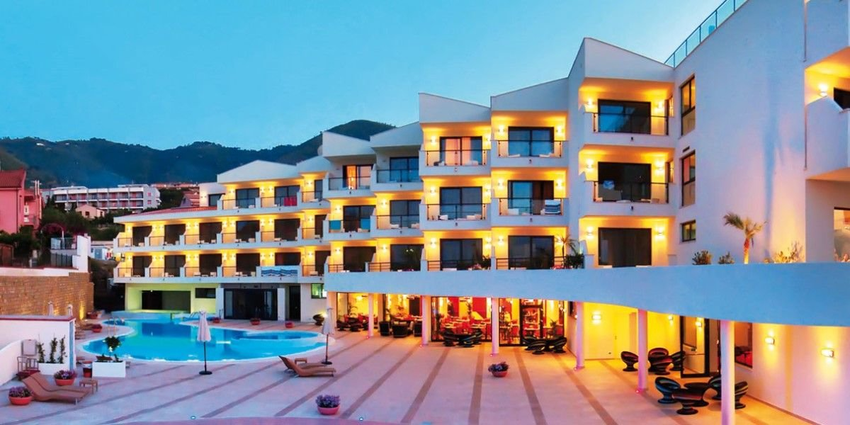 Viešbutis CEFALÙ SEA PALACE