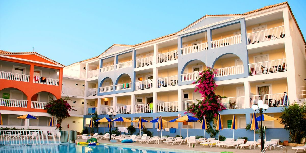 Отель PLANOS BEACH
